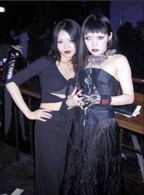 There Are Many Gothic Girls In Japan They Look A Bit Strange But Still Sexy And Fashionable