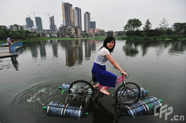 [Amphibious_Bicycle_01.jpg]