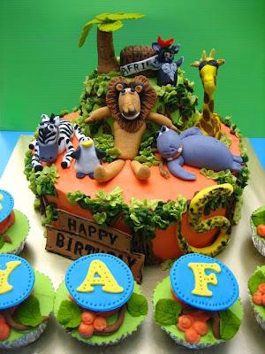 فن الحلويات Creative_cake_designs_50