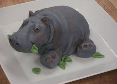 فن الحلويات Creative_cake_designs_31