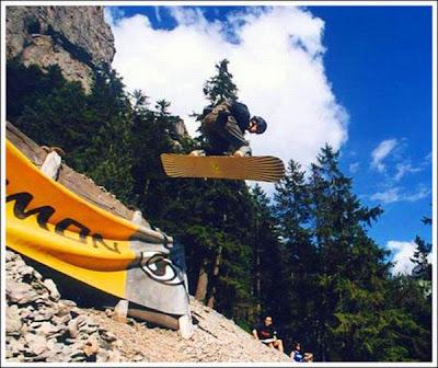 Extreme Rock Boarding Seen On www.coolpicturegallery.net