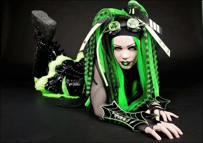 nude goth punk girl