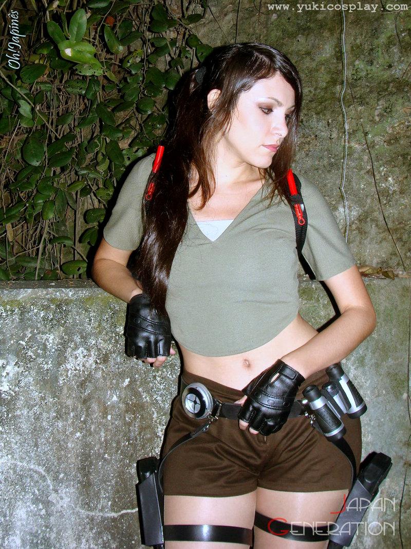 http://2.bp.blogspot.com/_mmBw3uzPnJI/TLV0872_MAI/AAAAAAABq-U/V94y0KK7RU4/s1600/lara_croft_cosplay_31.jpg