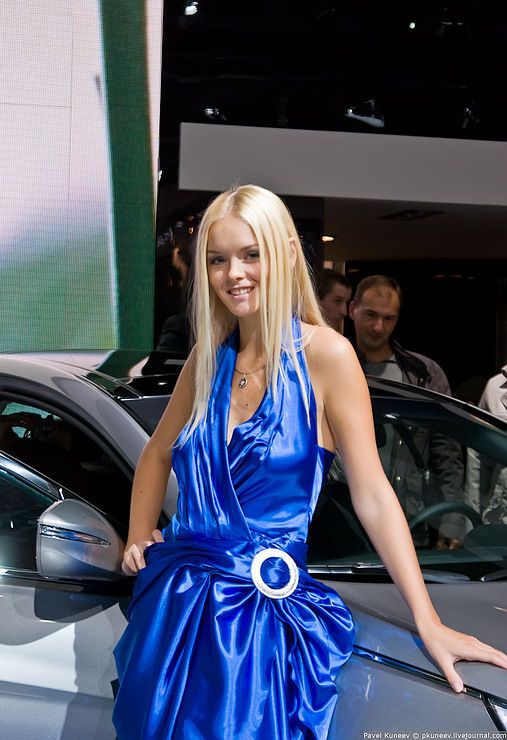 Girls of Moscow International Automobile Show navel show