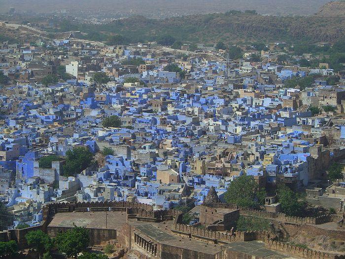 http://2.bp.blogspot.com/_mmBw3uzPnJI/TUh8Z-BskhI/AAAAAAAB4sY/WjqswXGgn8w/s1600/jodhpur_01.jpg