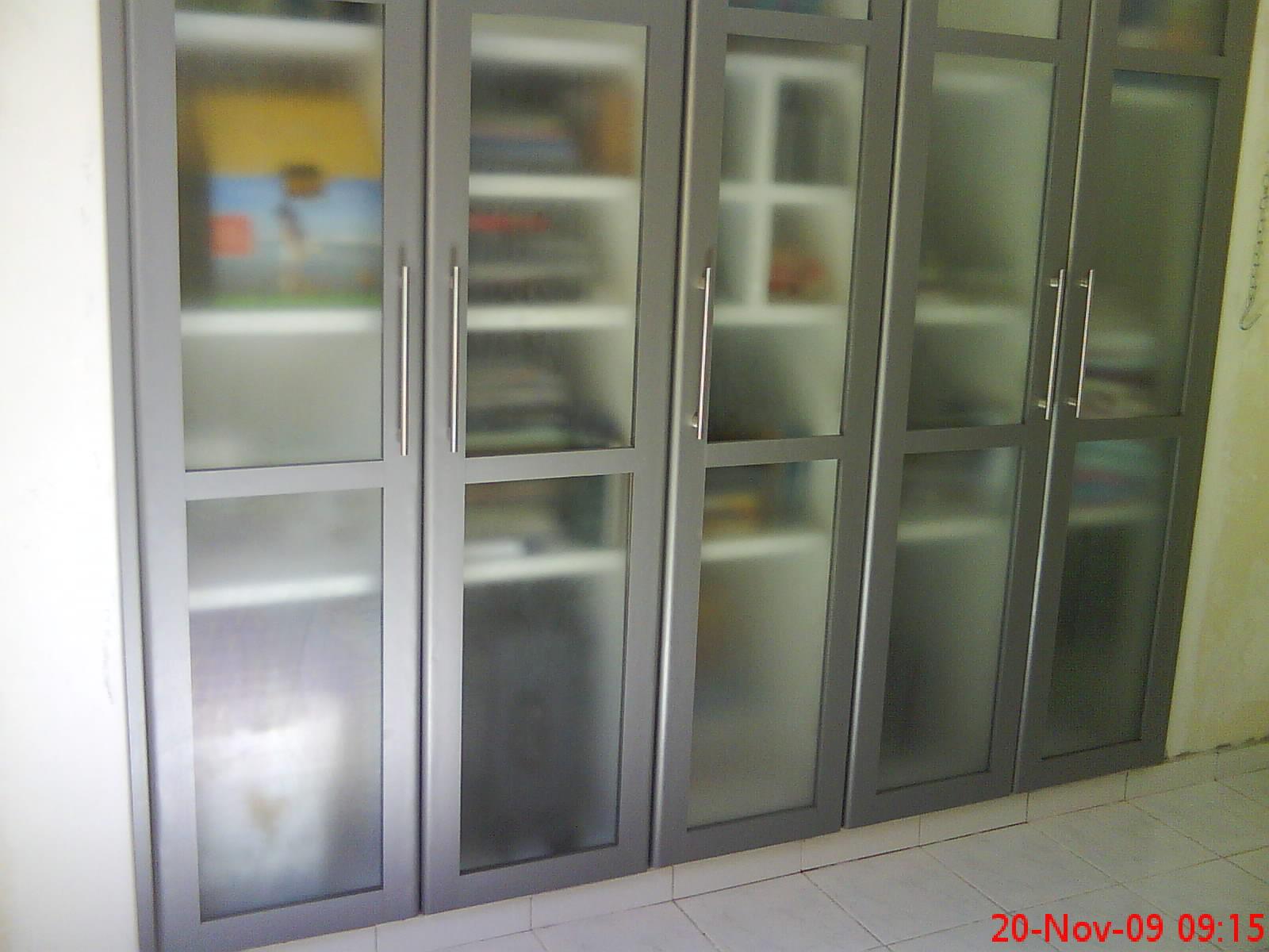 Monteiro: Armário embutido de lavanderia #5F5240 1600x1200