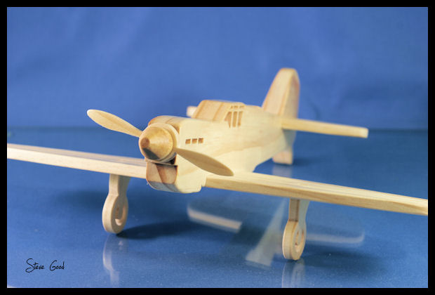 Airplane Scroll Saw Patterns http://scrollsawworkshop.blogspot.com/2010/11/wwii-fighter-plane-scroll-saw-pattern.html