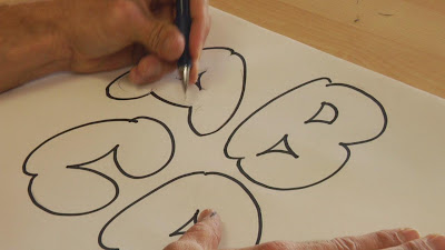 learn to make graffiti alphabet bubble letters