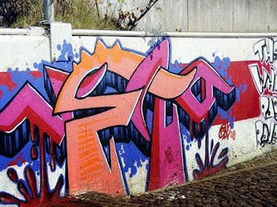 I Want My Name In Ghetto Graffiti Letters2