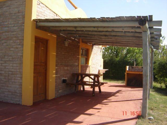 Caba as los niyus garage quincho y mesas for Sillas para quincho