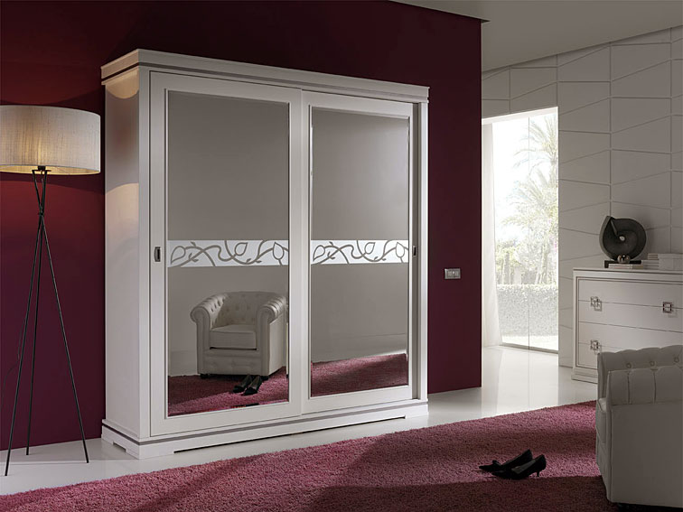 Muebles de dormitorio por la decoradora experta julio 2010 - Armario dormitorio blanco ...