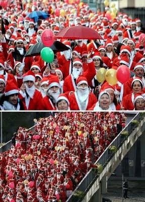World Record for the largest gathering of Santa Clauses
