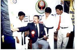 Kyoshi Takayoshi Álvarez 8vo. Dan de Goju-Ryu Shirenkan, Impartiendo Sem. de Arbitraje, La India 02