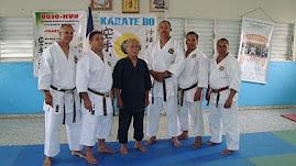 Maestros de Goju-Ryu karate do.