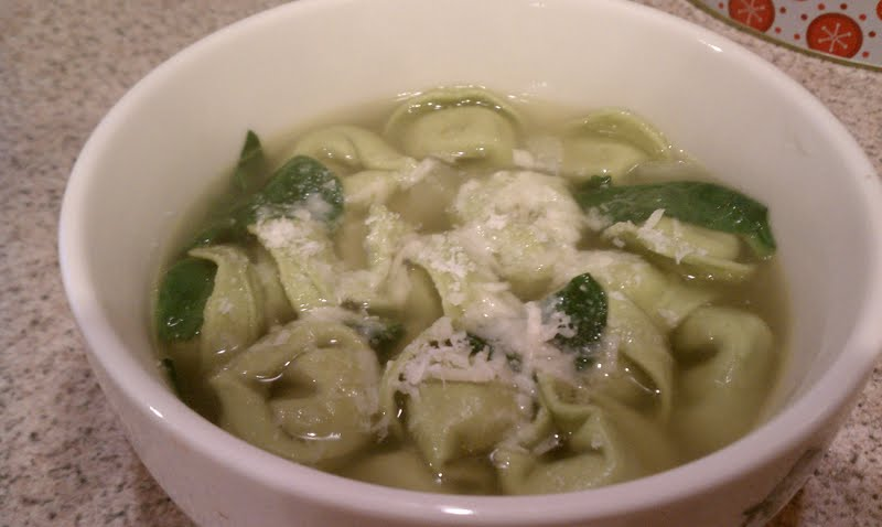 tortellini spinach and tortellini en spinach tortellini en brodo ...