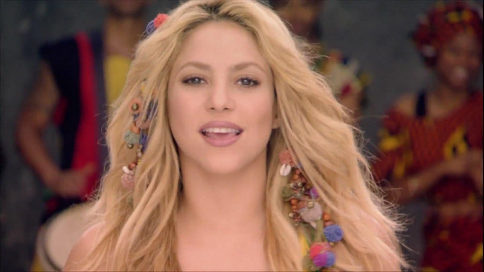 http://2.bp.blogspot.com/_mtOlIyneP-A/TLOY2ndyZMI/AAAAAAAAA4o/U4bUoHW0o3s/s1600/Shakira+-+Waka+Waka+%28Esto+es+Africa%29+%28HD%29.mp4_snapshot_01.28_%5B2010.10.11_19.54.36%5D.jpg