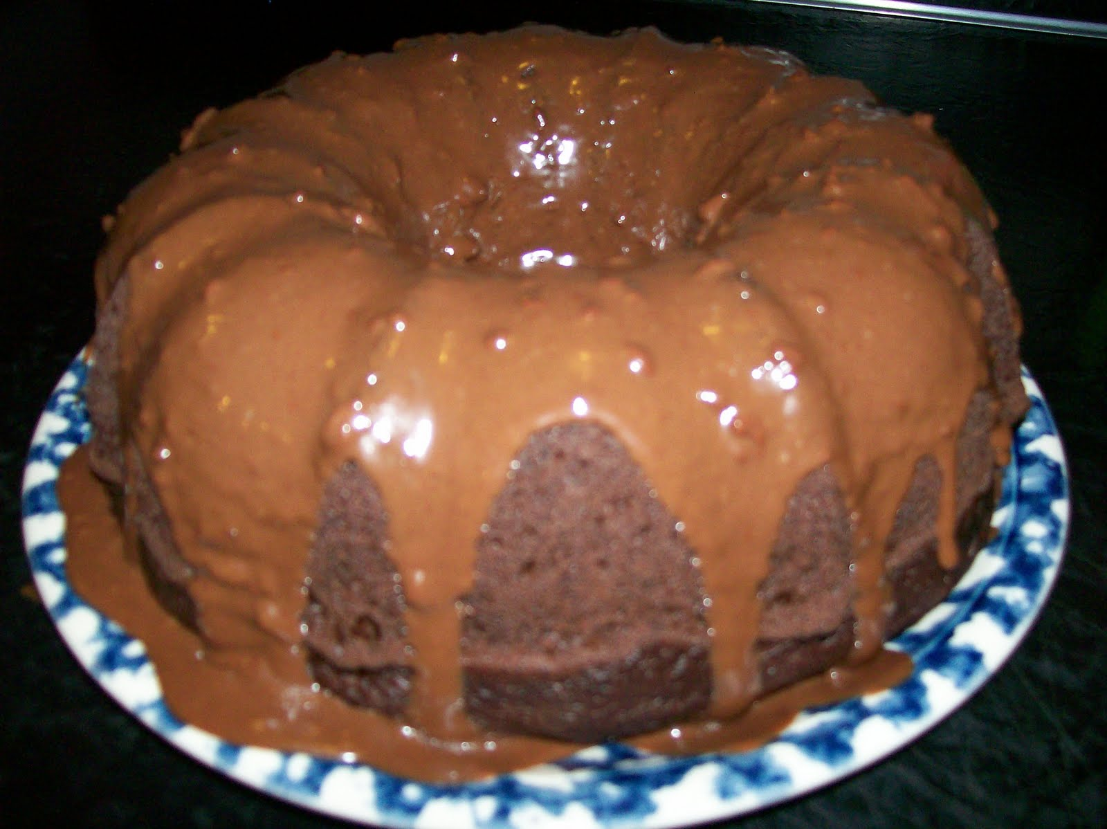 Welcoming Heart: Cake Mix Recipes: Fudgy Chocolate Ring Cake