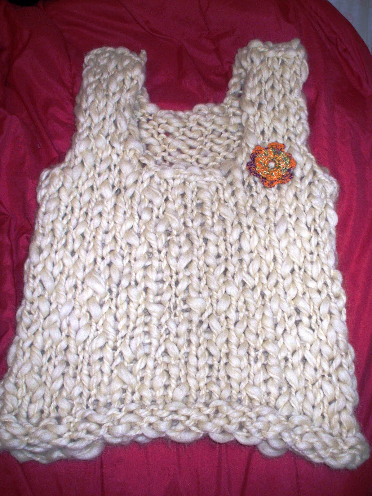 Chalecos tejidos en Crochet y dos agujas. Realizados con lana natural ...