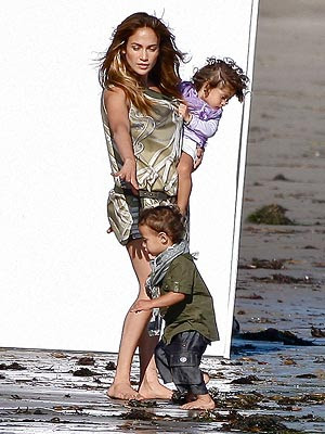 jennifer lopez kids gucci ad. Jennifer Lopez and Her Twins