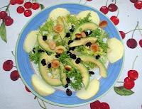 ensalada de aguacate, apio y manzana