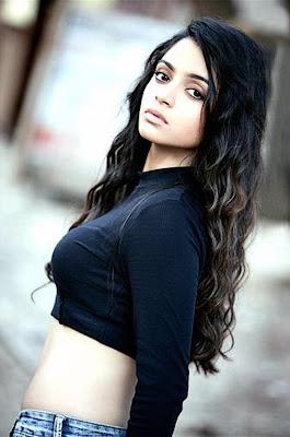 Sheena Shahabadi latest sexy photoshoot image