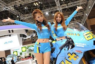 motor suzuki hot girl