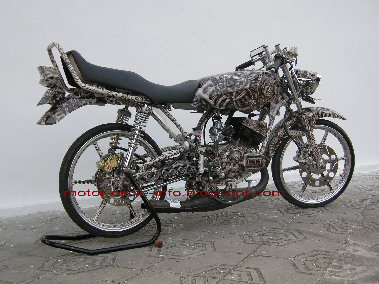 the best motor modification: modif yamaha rx king airbrush extreme