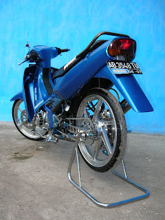 modif suzuki satria blue color airbrush