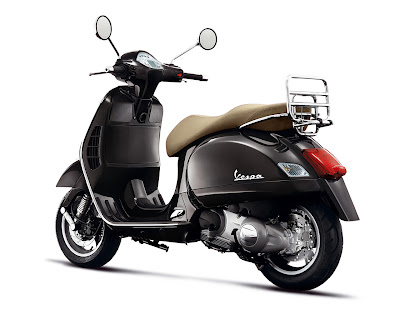 Exclusive Vespa GTS 250 Scooter 2009