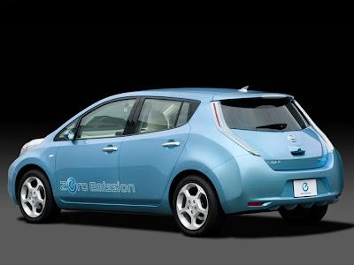 Nissan Leaf 2011. 2011 Nissan LEAF