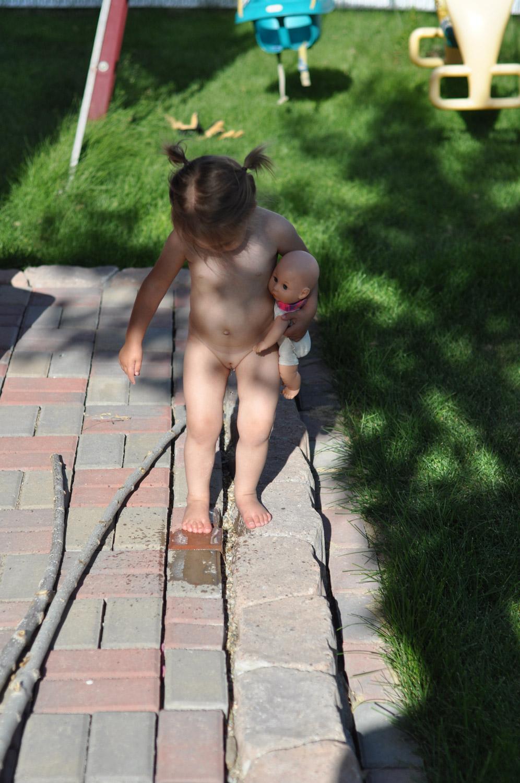 Nude toddler girls naked peeing