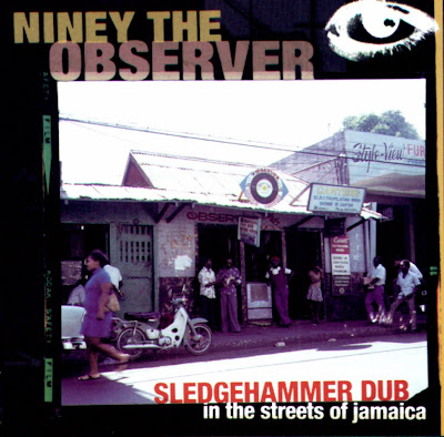 Niney+The+Observer+-+Sledgehammer+Dub+2002+-+Front dans Niney The Observer (Page One)