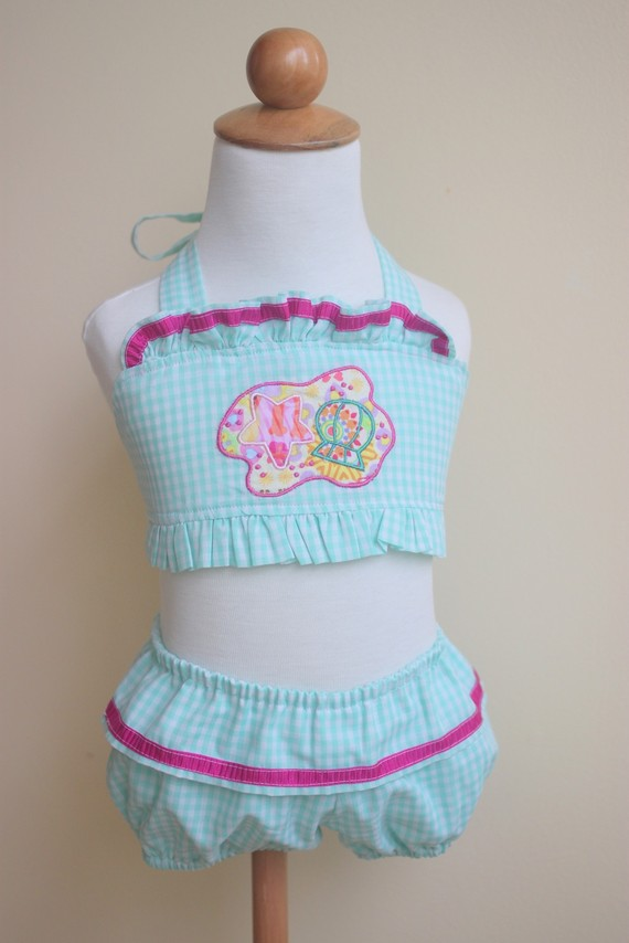 Ginger Zee In Bathing Suite http://bouffeebambini.blogspot.com/2011/01/handmade-gift-guide_09.html