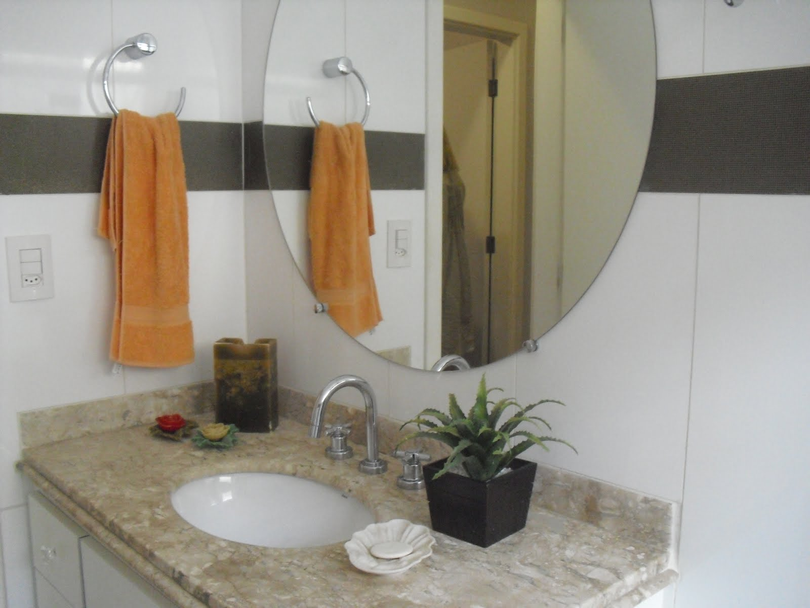 faz a composição das parede do banheiro diretamente da Portobello #996432 1600 1200