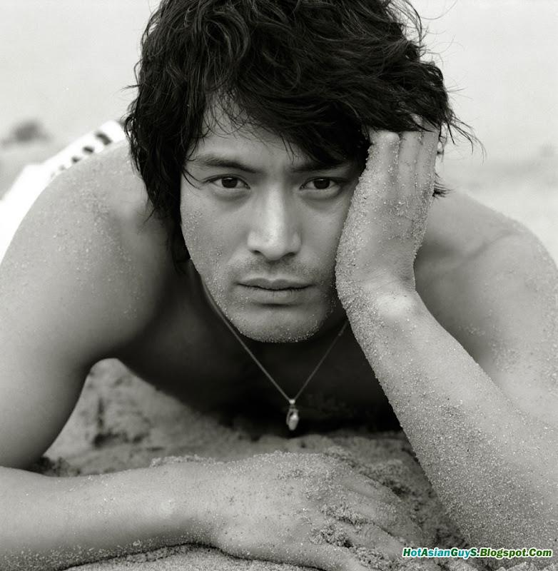 http://2.bp.blogspot.com/_n18T59WsTbs/Sk8alvmST8I/AAAAAAAAAVQ/jf6FUwVrXCg/s800/Oh-Ji-Ho-01.jpg