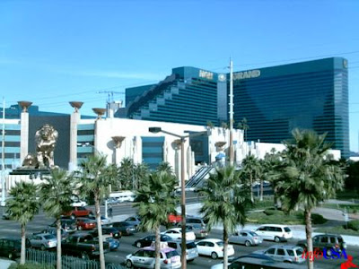 WORLD'S BIGGEST HOTEL.........LAS VEGAS MGM Grand Hotel....Las Vegas....6, 276 rooms
