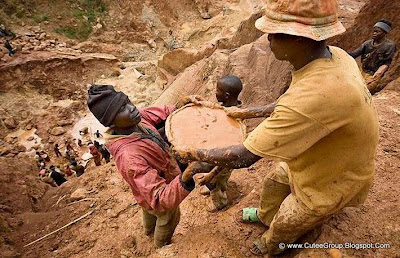 Gold Diggers In Congo