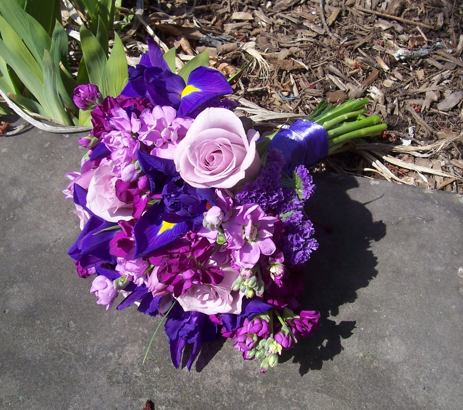 True vine wedding flowers using purple in your flowers true vine wedding flowers izmirmasajfo
