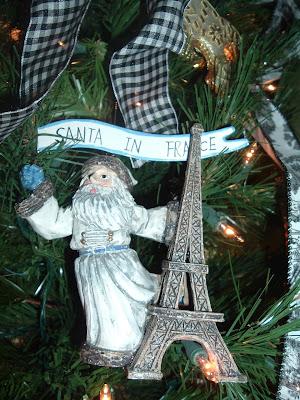 Miss Janice Christmas Tree Paris Style