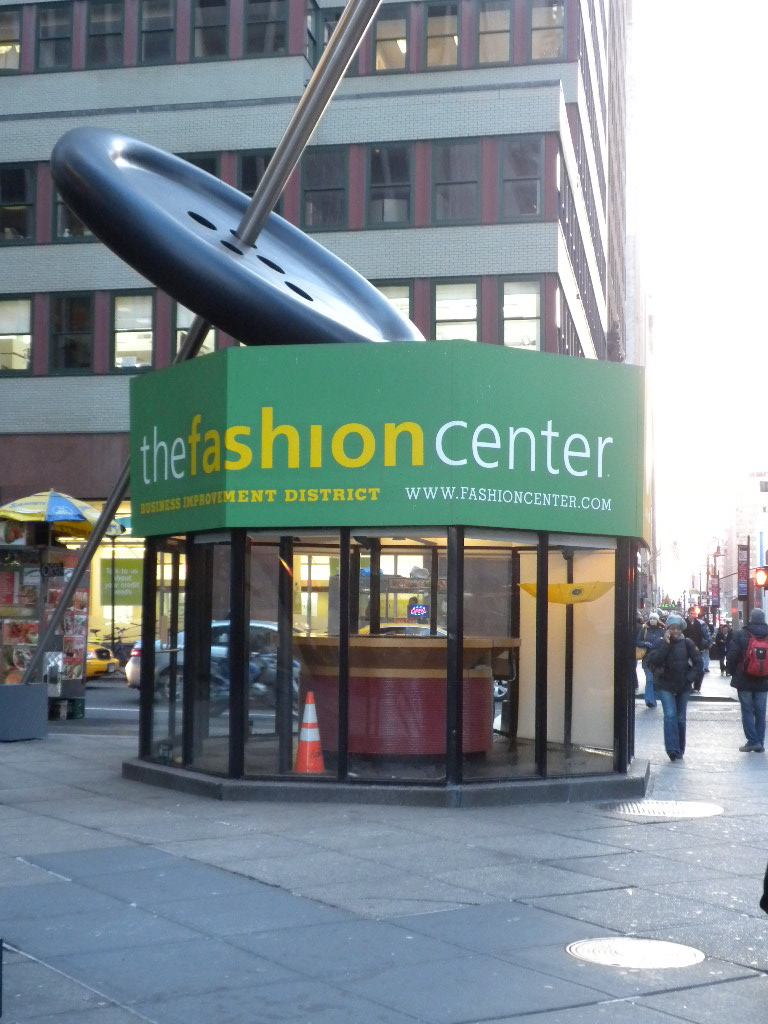 [NY+fashion+centre]