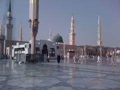 Masjid An Nabawi...