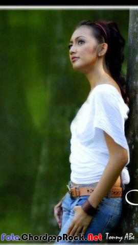 Foto Sexy Nina Tamam