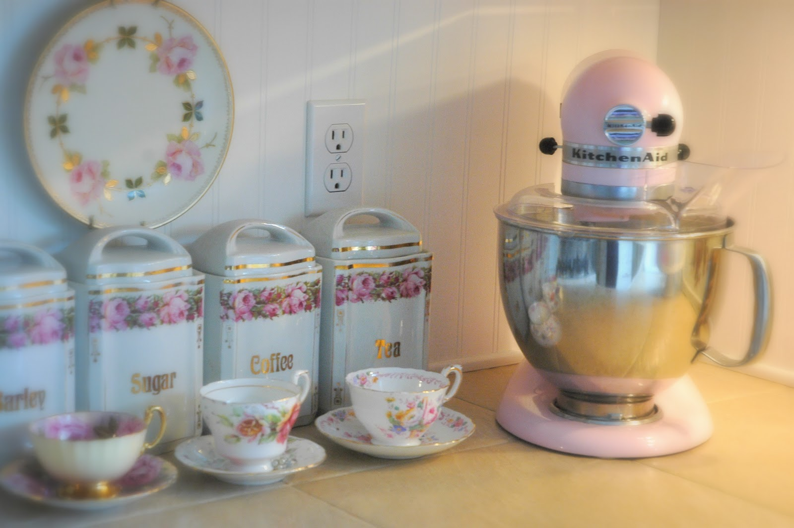 Pink Kitchen Aid Mixer Girl In Pink Pink Kitchen Tools Welcome Frog Knick Knacksnot