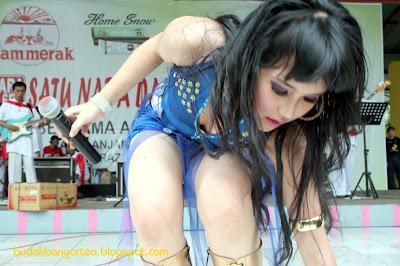 foto hot Ayu Ting Ting