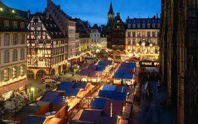 place+de+la+cathedrale+strasbourg+%2B+noel.jpg