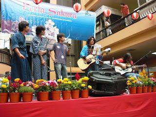 Feria Sakura 2009 (resumen) P1020066