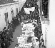 REVOLUÇÃO HÚNGARA DE 1956. Clique em cima da imagem!