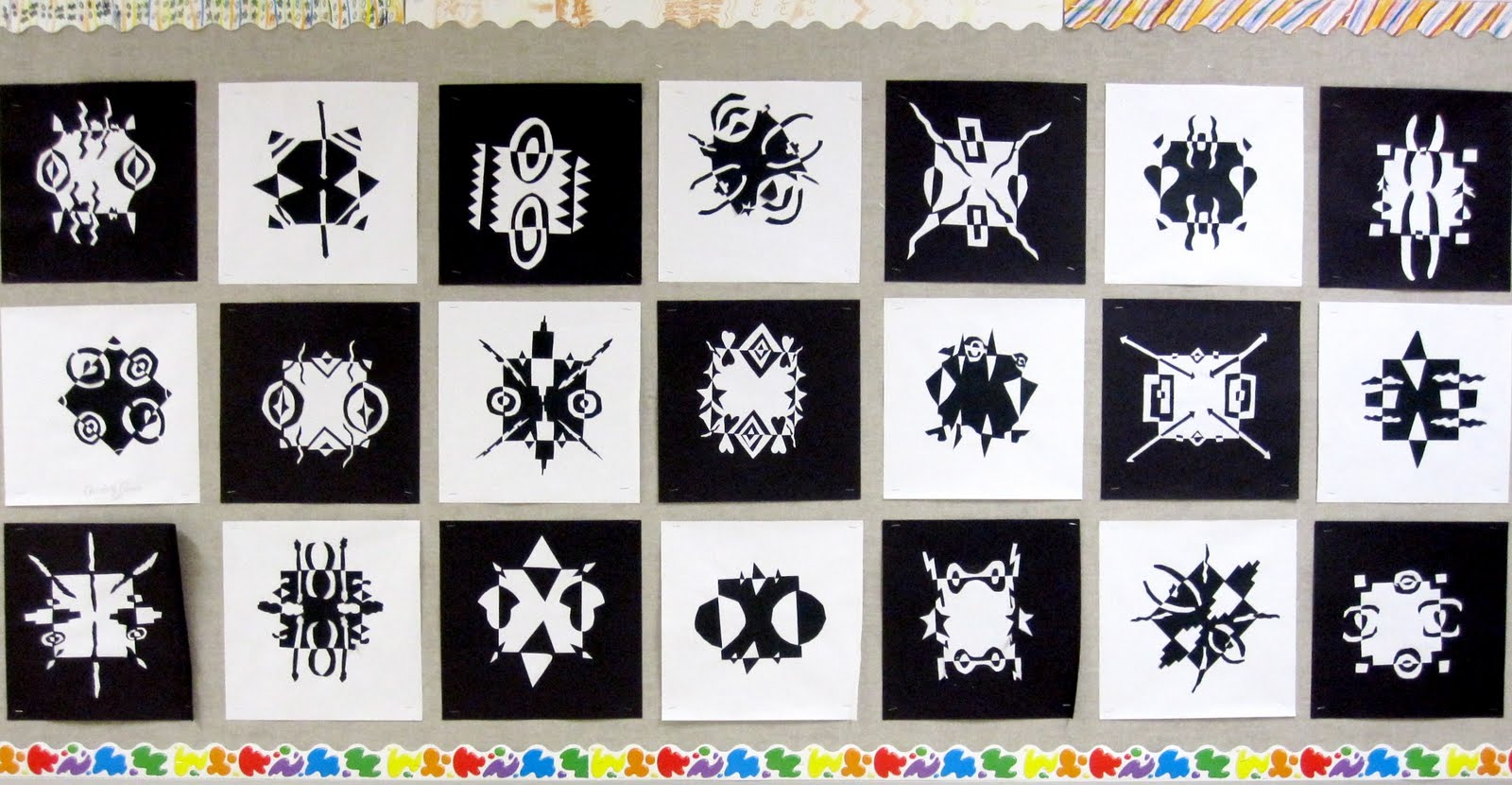 Positive Negative Art Lesson http://artexplorium.blogspot.com/2010/12/positive-and-negative-space-designs.html