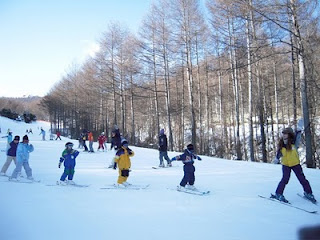 スキー行ってきました!!