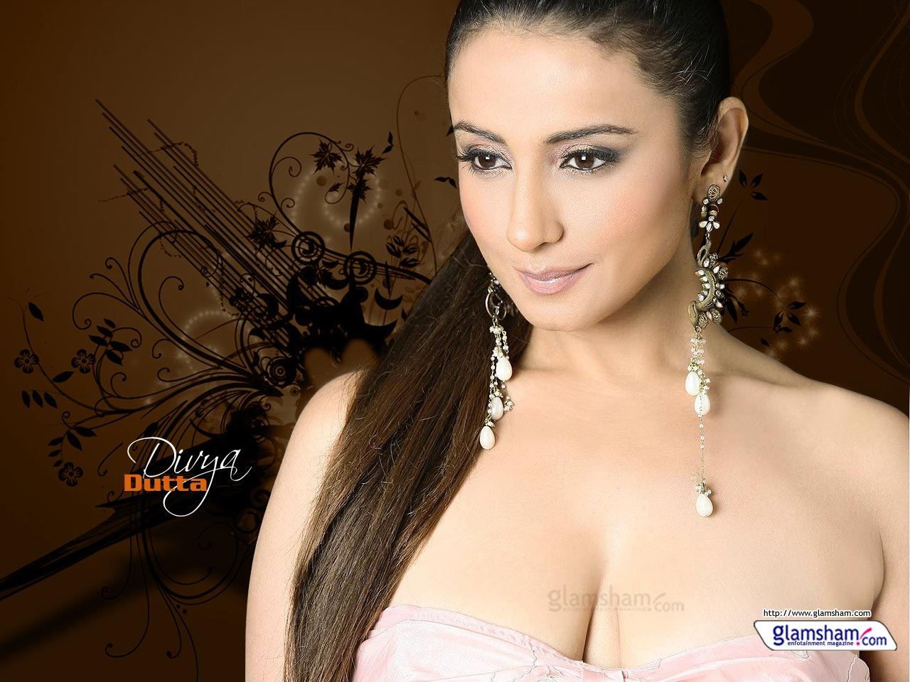 Divya dutta hot boobs not trust